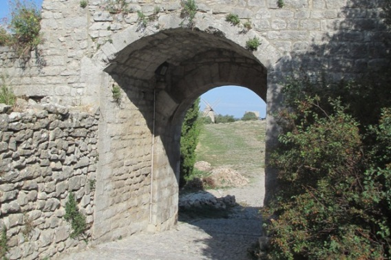 07%20-%20fortifications%20Gourdane.JPG